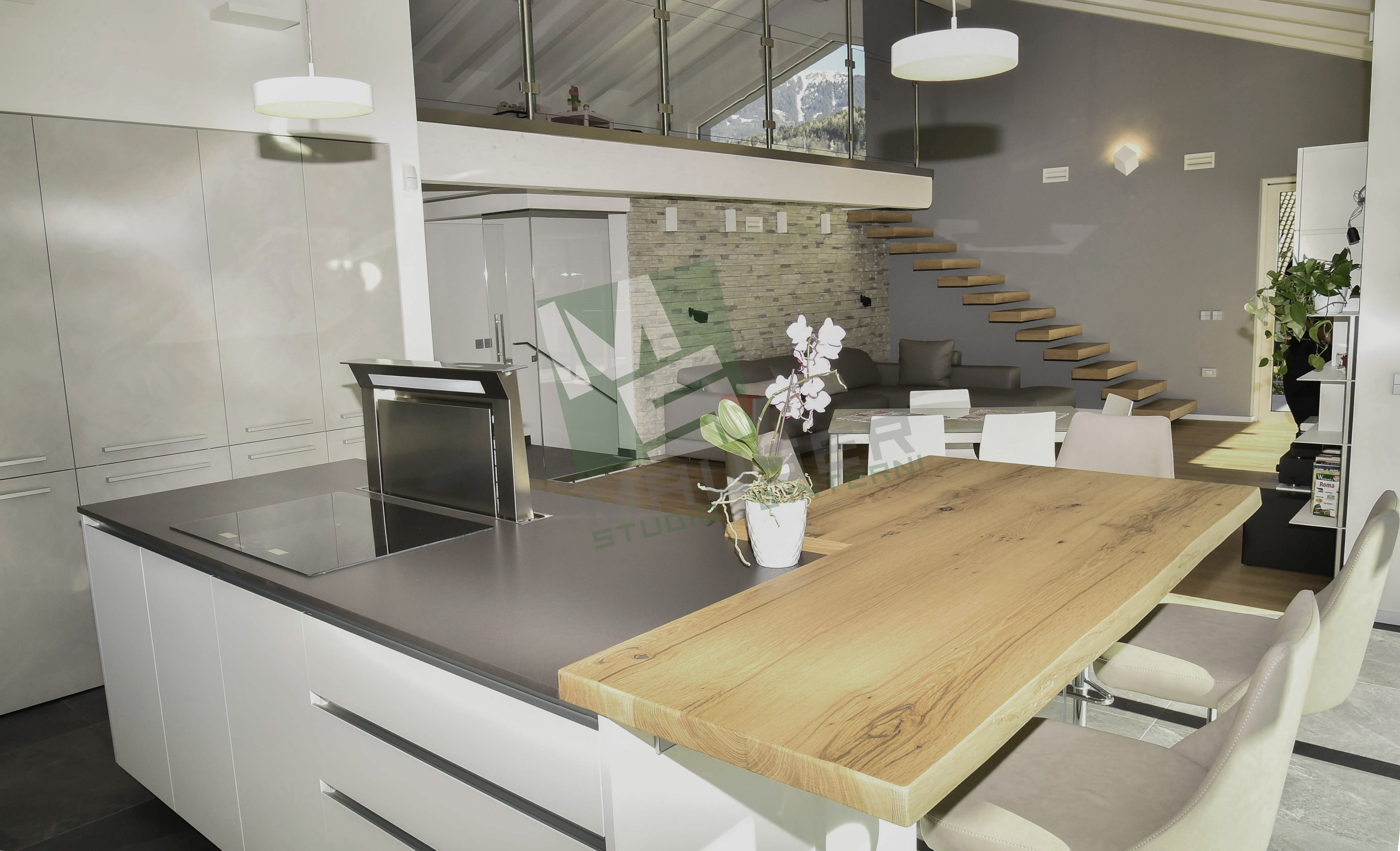 <strong>Open space <span><b>in</b>Cucine</span></strong><i>→</i>
